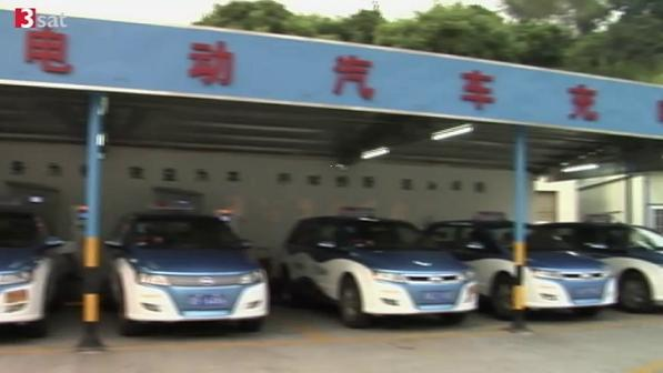 BYD e6 taxi blues 3Sat Hitec Sept 2011